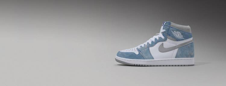 AIR JORDAN 1 RETRO HIGH OG 'HYPER ROYAL' Hero Picture Desktop